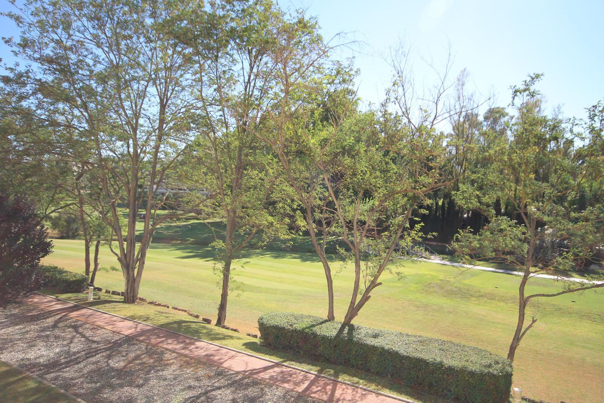 Three bedroom apartment in an established community, frontline to the Guadalmina golf course, but wi, Spain