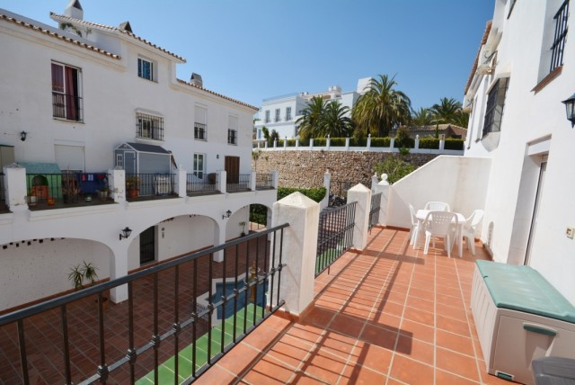 Beautiful and spacious apartment in Torreblanca...  It is distributed as follows: Entrance hall, lar,Spain