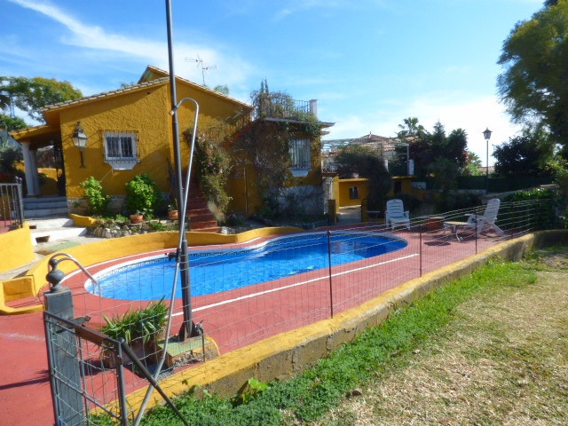 Nice villa  situated just a few minute driving from Marbella´s centre and the beach.  The accommodat,Spain
