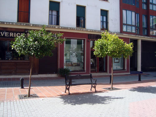 Beautiful apartment for investment in the old town , this property offers living room , 2 bedrooms ,,Spain