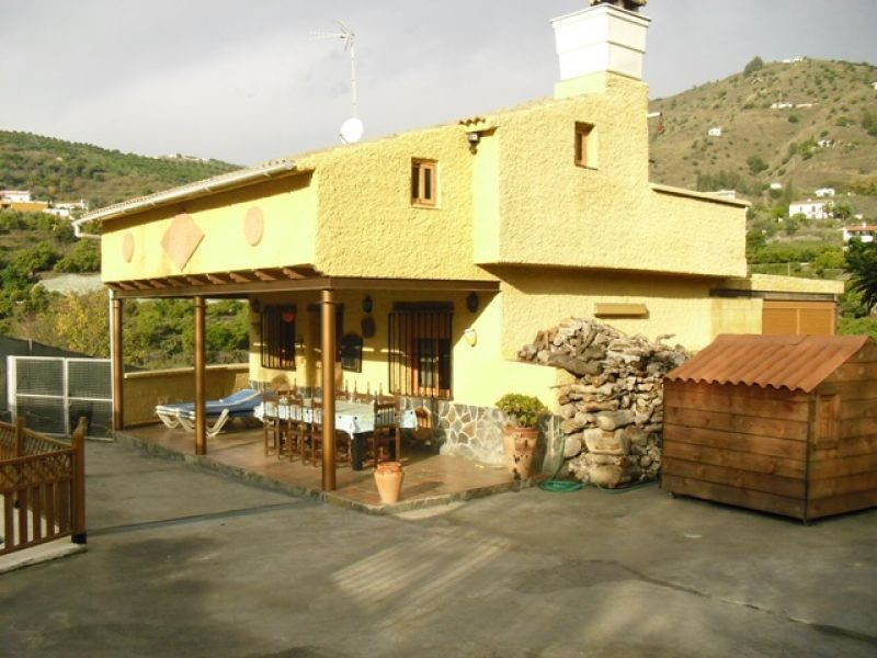 This is a three bedroom independent Country House close to the village of Torrox. The house is fully,Spain