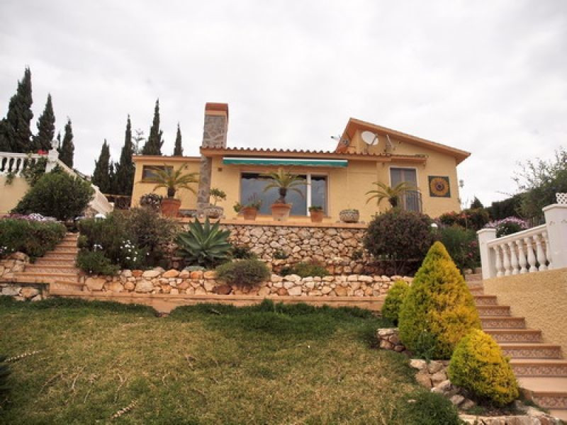 Beautiful villa in Arabic style overlooking the sea in Benajarafe. A few minutes from the beach, clo,Spain