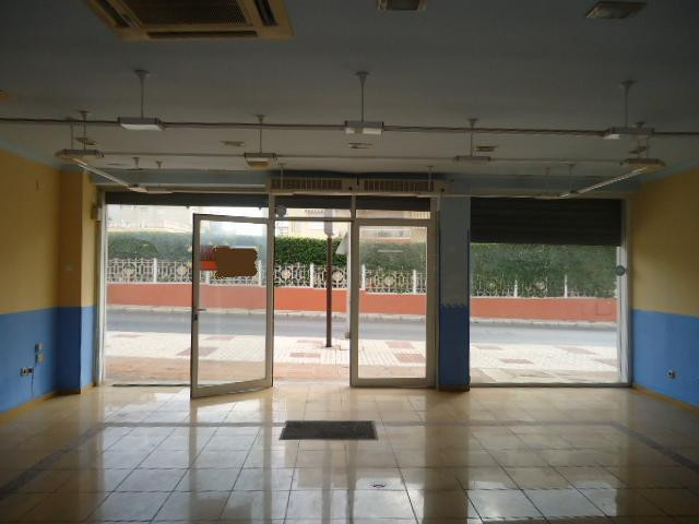 Commercial unit in La Carihuela.  This property is located very close to La Carihuela beachfront pro,Spain