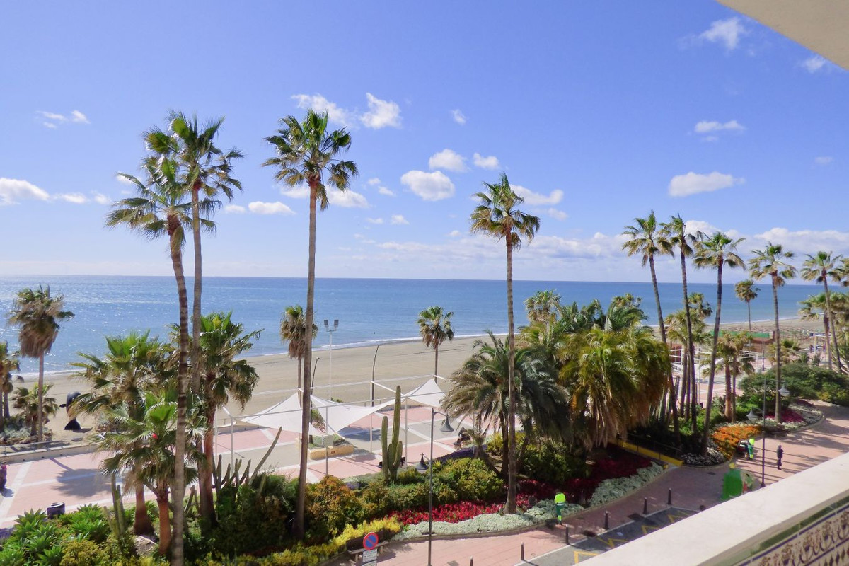 Apartment on the Paseo Maritimo in the centre of Estepona, with panoramic sea and beach views.  The ,Spain