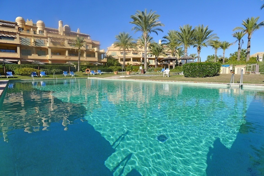 ***RESERVED - 15th January 2018***  Stunning 3 bed, 3 bath apartment in the exclusive FOUR SEASONS d,Spain