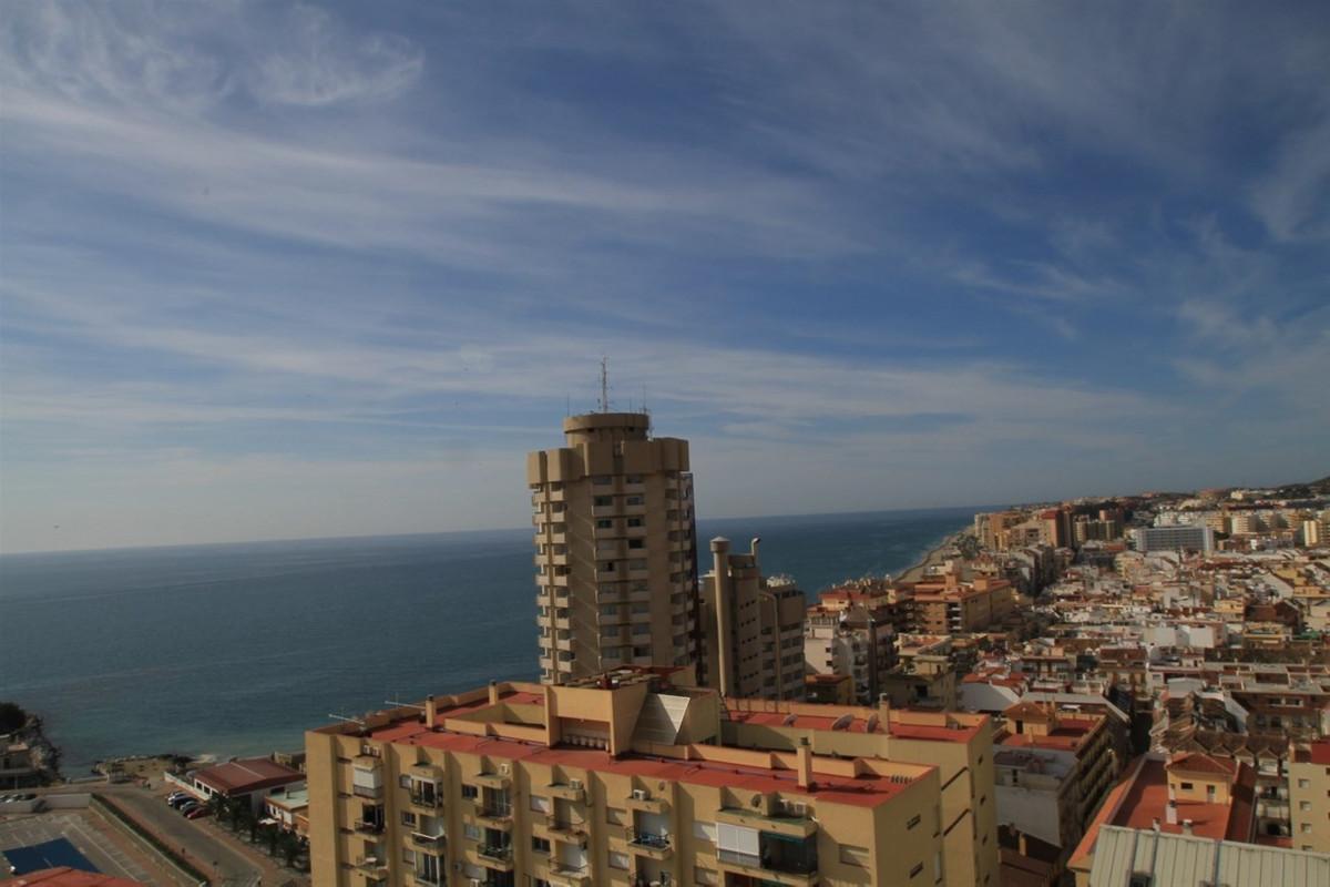 PENTHOUSE WITH AMAZING SEA VIEWS!!  This central large penthouse duplex has four large bedrooms, fou Spain