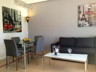 One bedroom apartment located in a well established gated community only a short walk to Puerto Banu,Spain