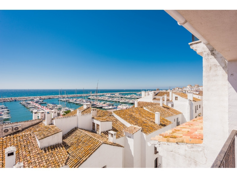 Spacious apartment in the second line of Puerto Banus - Muelle Ribera with incredible sea/port views, Spain