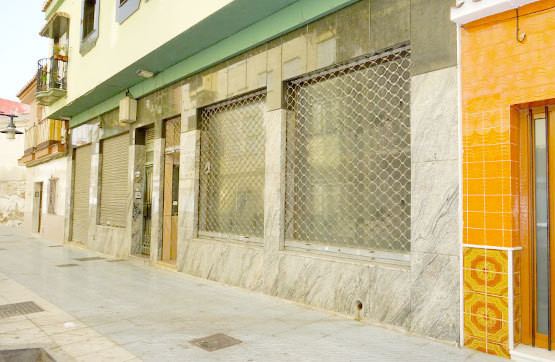 OPPORTUNITY, COMMERCIAL LOCAL IN TORRE DEL MAR Commercial premises for sale located in the lower par, Spain