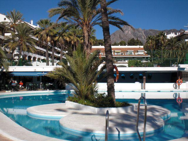 Perfect investment in the complex Parque la Carolina/Carolina Park in the Golden Mile, just between ,Spain