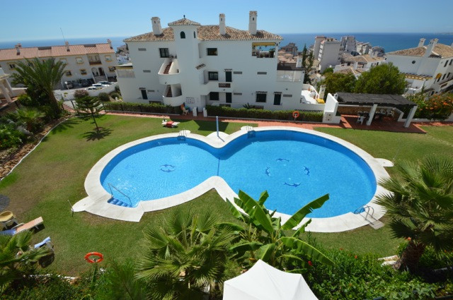 DISTRESSED SALE- with sea views  A wonderful two bedroom apartment with great views situated in a qu,Spain
