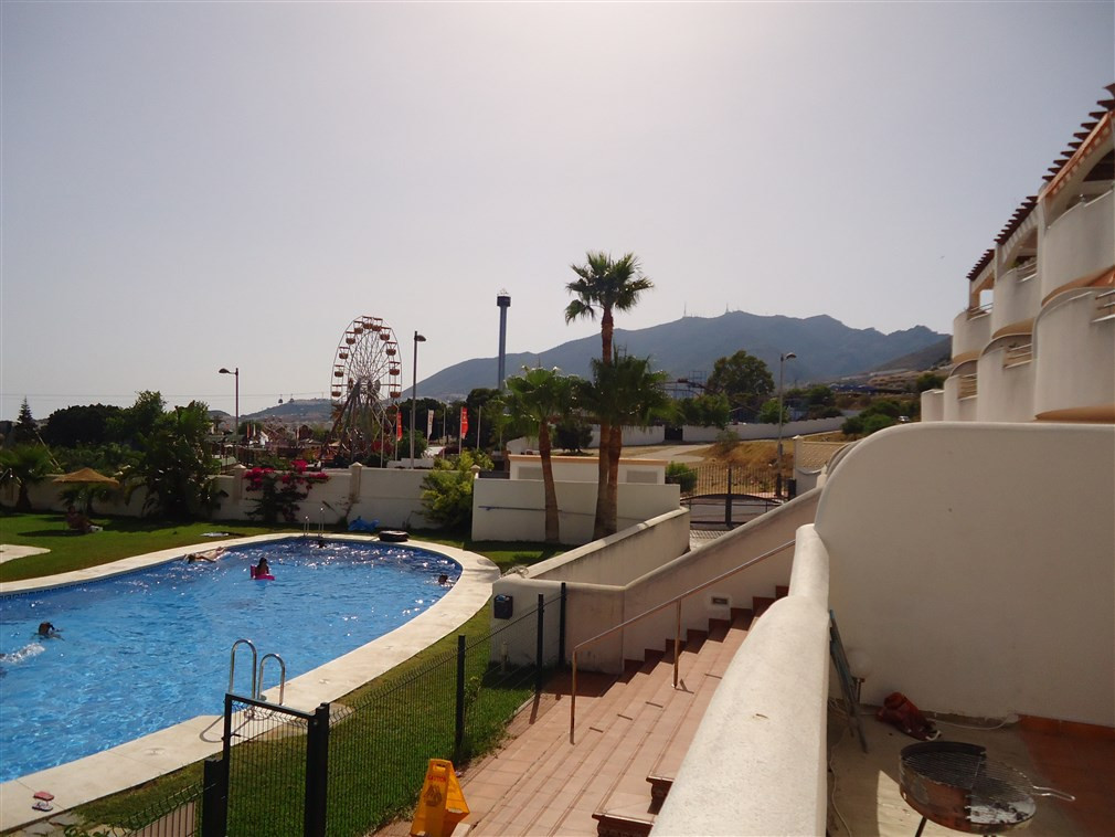 Stunning ground floor apartment in Arroyo de La Miel.  This property enjoys quite a good size sunny ,Spain