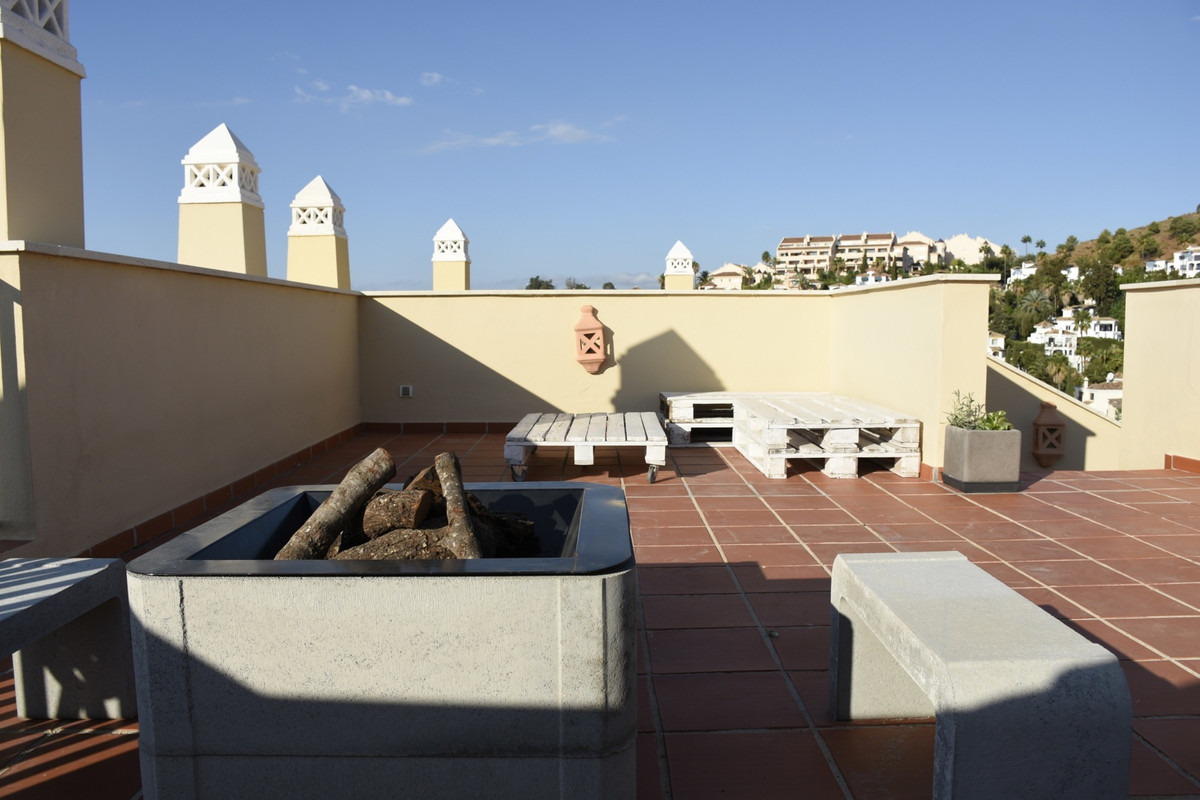 Aloha Royal urbanization, 2 bedroom duplex, with en suites bathrooms, large kitchen fully equipped, , Spain