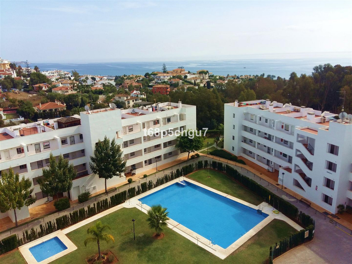 Lovely 2bed/2bath penthouse in Torrenueva, La Cala de Mijas. This gem of a permanent home or perfect, Spain