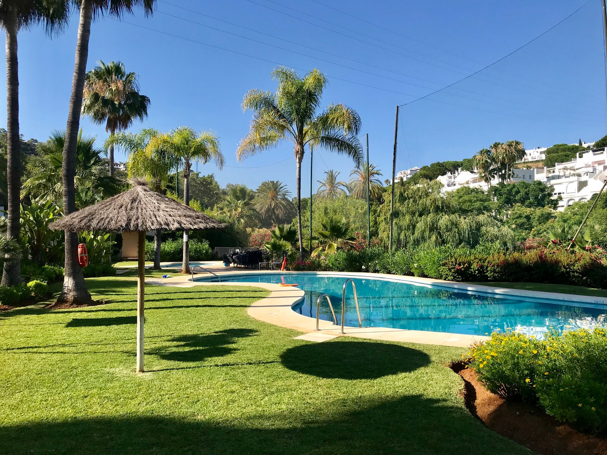 Beautiful and spacious apartment located on the first line of golf, in one of the most prestigious c,Spain