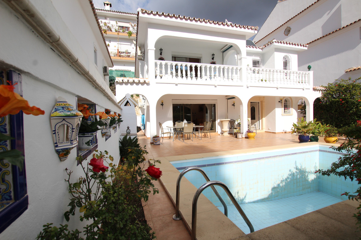 Beautiful detached villa in Mijas Pueblo, just minutes from all the amenities.  The outside area is ,Spain