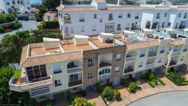 Opportunity!!  Beautiful and modern townhouse situated in front of the El Chaparral golf course and ,Spain