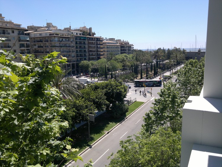 It goes on sale luxury apartment in the best area of ??palm. It has living room - dining room with a,Spain