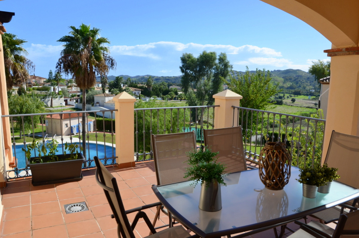LIVING IS EASY IN THIS IMPRESSIVE GENEROUSLY SPACIOUS RESIDENCE.  This Immaculate Professionally des,Spain