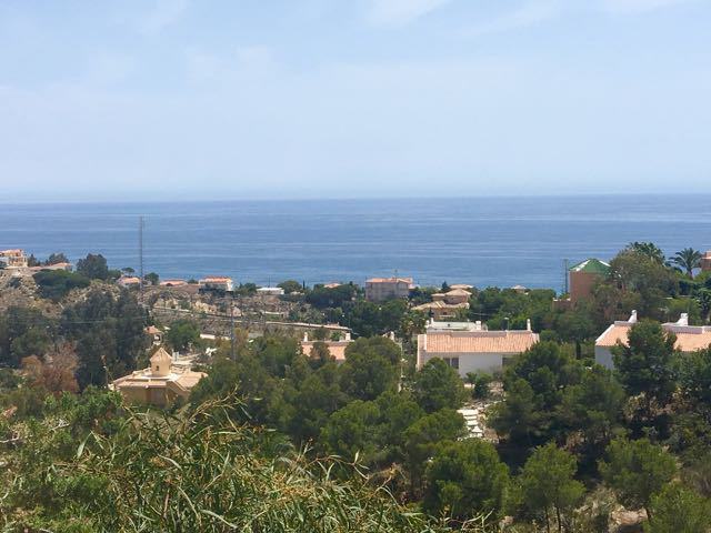 2 bedroom linked villa with exceptional views of the sea and the mountains beyond in El Campello.  S,Spain