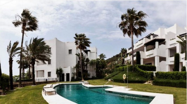 This lovely 2 bed 2 bathroom property is located  in Altos de Cortesin, in the most exclusive reside,Spain