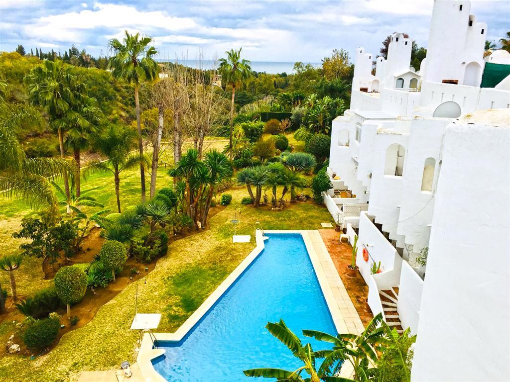 Townhouse, Marbella, Costa del Sol. 3 Bedrooms, 4 Bathrooms, Built 125 m², Terrace 57 m².  Setting :,Spain