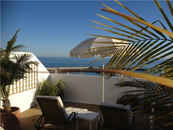 This apartment is unique for holiday rentals as it has everything. Front line penthouse in Estepona ,Spain