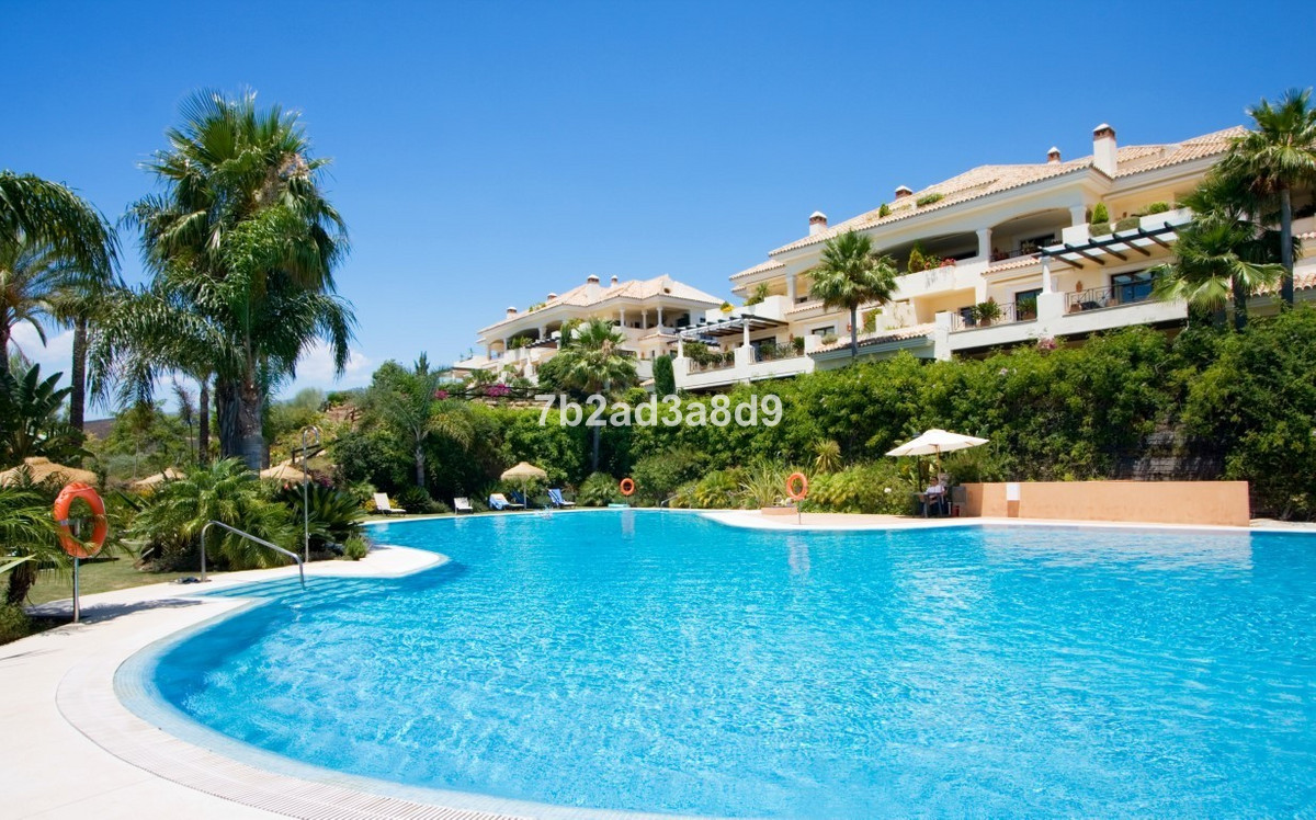 Luxury spacious ground floor apartment in Aloha Park. Private, south-west facing with large private , Spain