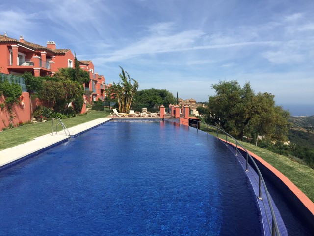 Originally listed for 650.000 €  recently reduced to 599.000 €, fabulous luxury apartment inside a v,Spain