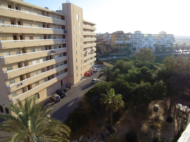 SPACIOUS 2 BEDROOM APARTMENT IN LA MATA, TORREVIEJA. This extremely attractive property was original,Spain