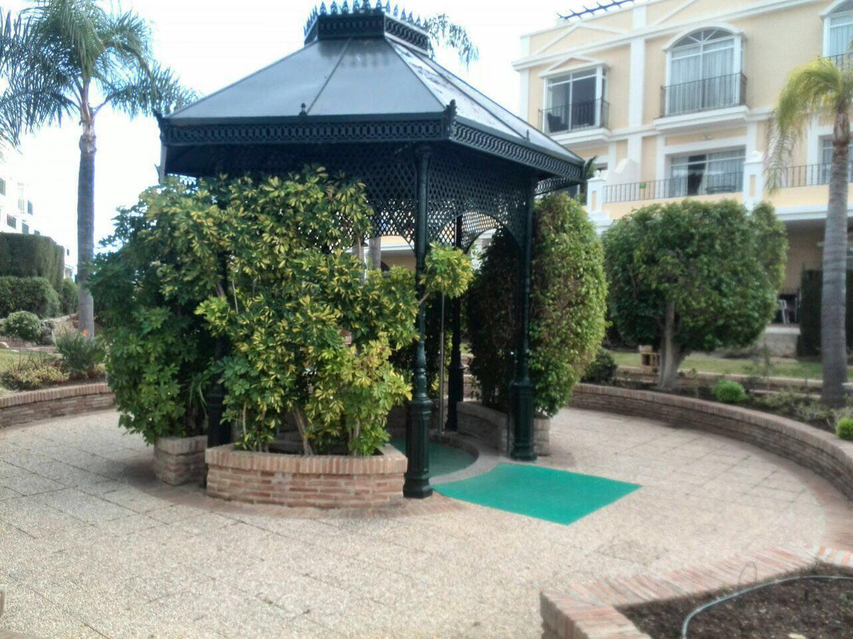 GARDEN APARTMENT IN ALOHA GARDENS  This TWO BEDROOM garden apartment is located inside one of the mo,Spain