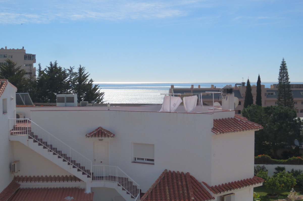 Fantastic townhouse in the lower part of Torreblanca, walking distance to all amenities, beach and t,Spain