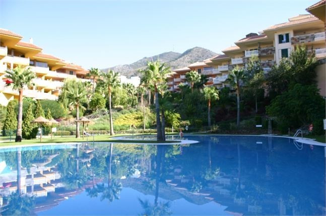 Immaculate, south west facing, ground floor, 2bed, 2 bath apartment totally upgraded and fully furni,Spain