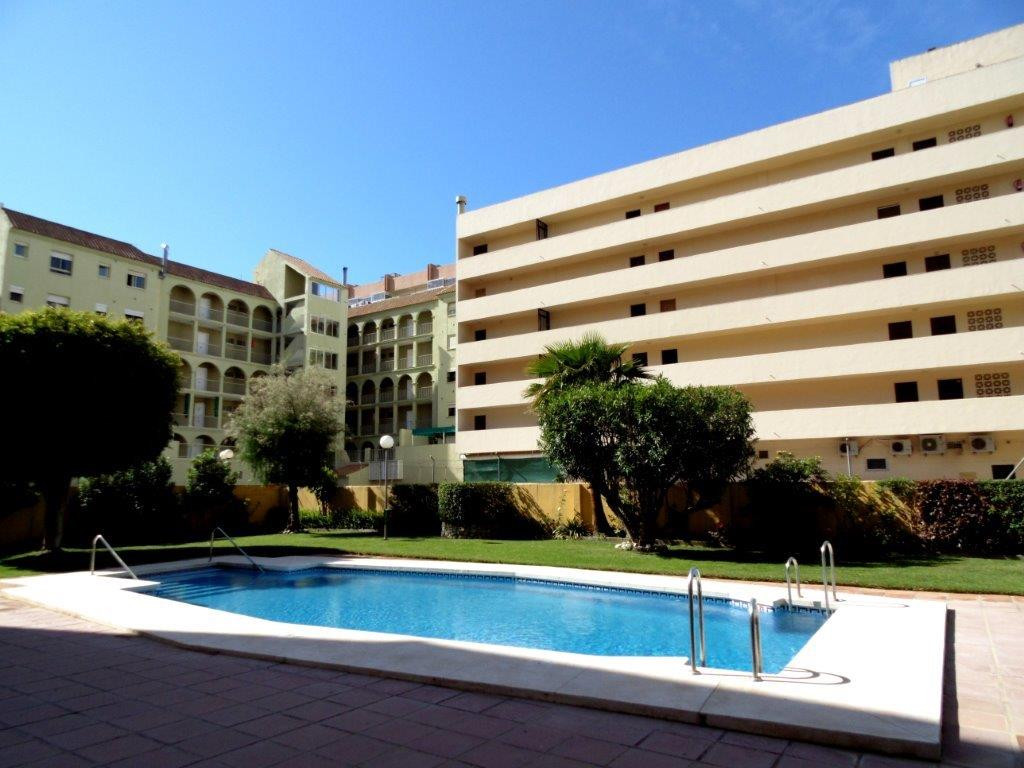 Large apartment for sale 100 metres from the beach in Fuengirola, close to the port.  This property ,Spain