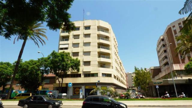 Excellent property in the center of Malaga has a spacious living room with terrace access, 1 ensuite,Spain