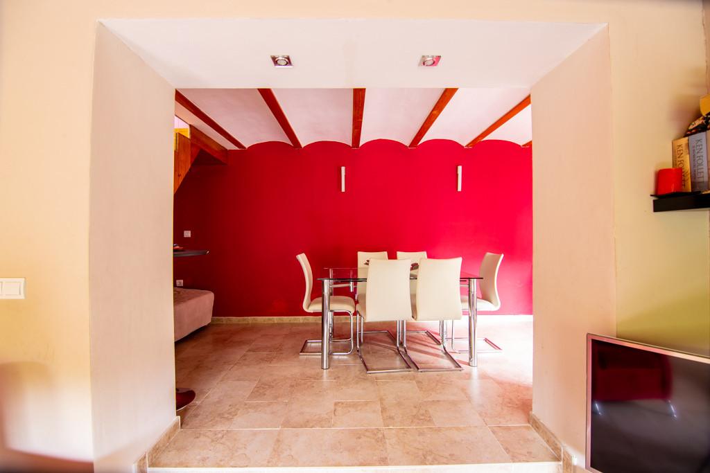 Detached Villa, Torremolinos, Costa del Sol. 5 Bedrooms, 4 Bathrooms, Built 300 m², Garden/Plot 1000,Spain