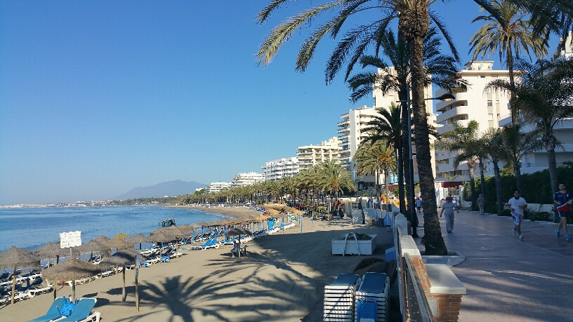 BEACH SIDE MARBELLA CENTER.WALKING TO THE BEACH...... SECOND LINE BEACH: 1 BED, POOL AND PARKING SPASpain