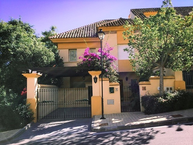 Great location for golfers Rio Real Corner townhouse with private parking, quality build and finish,,Spain
