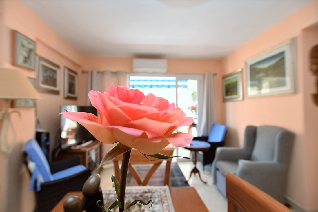 Beautifully reformed apartment in the middle of Los Boliches with all kind of services at the door s,Spain