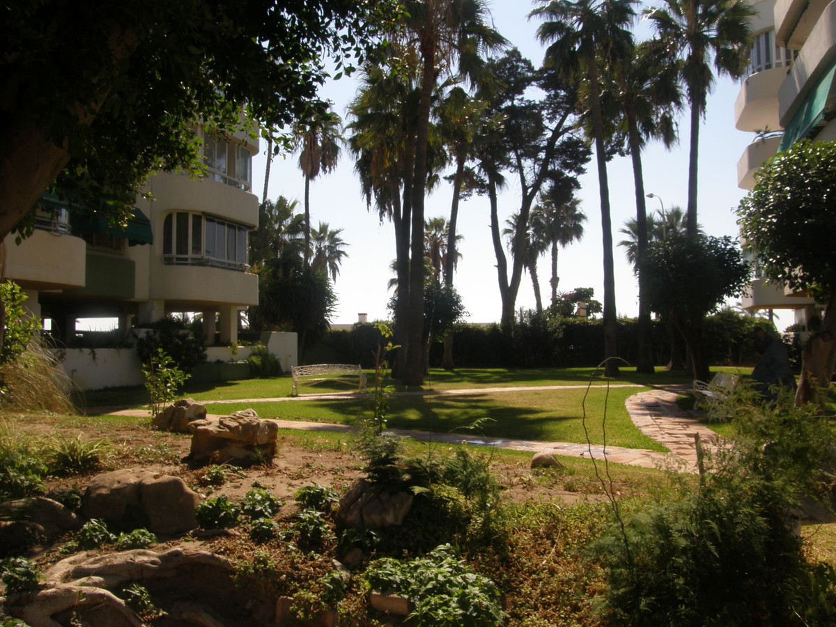 Luxury apartment in the best area of Malaga, just in front of the famous Malagueta beach.  The close,Spain