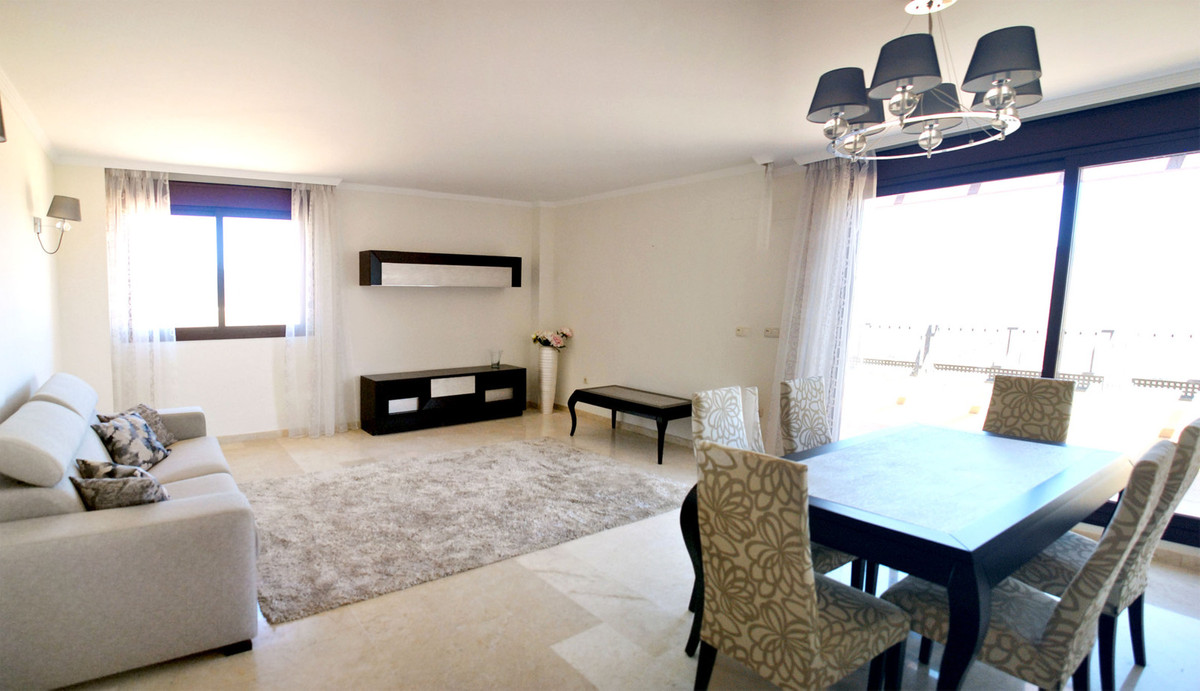 Spectacular townhouse with two ensuite bedroom and a toilet, the master bedroom has a spacious bathr,Spain