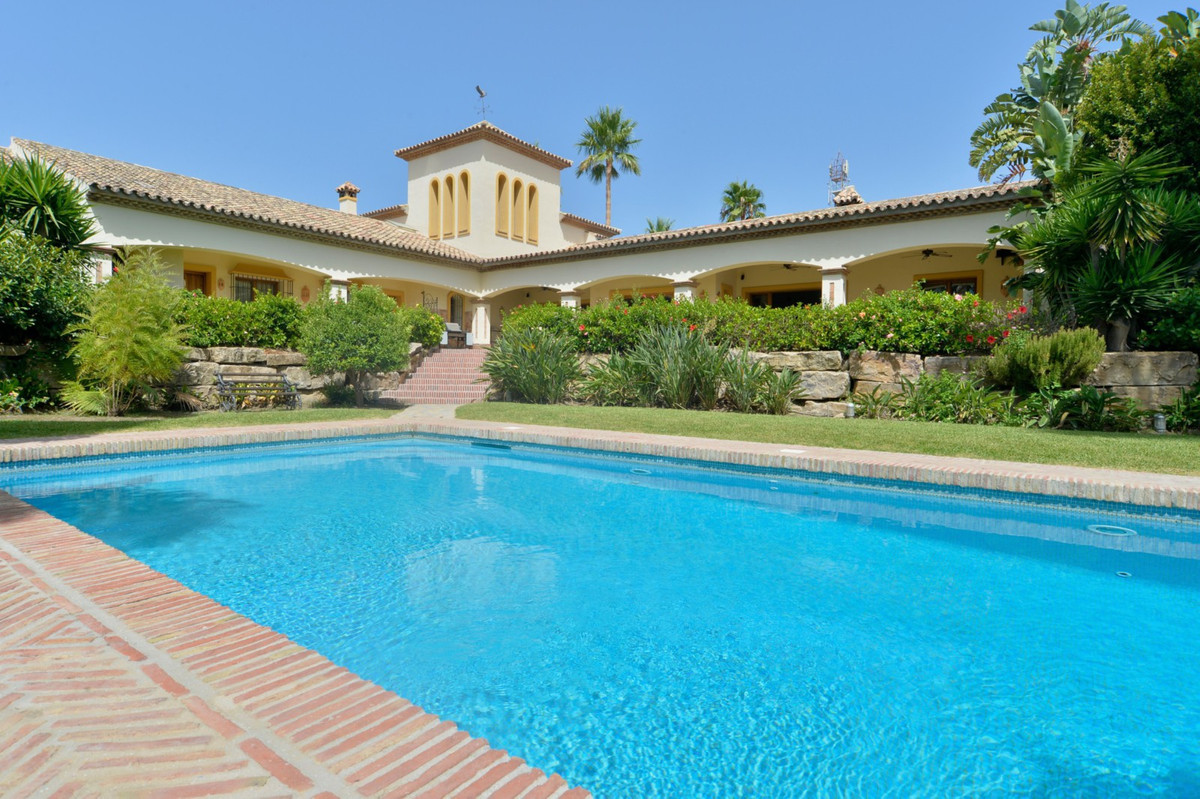 Set on a 3.137m² plot overlooking mountainous terrain down to the Mediterranean, the property contai, Spain