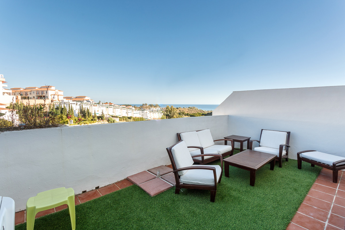 , , . 4 Bedrooms, 3 Bathrooms, Built 195 m², Terrace 25 m².  Setting : Frontline G, Spain