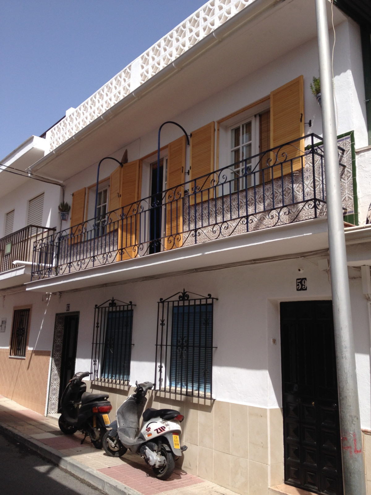 UNDER OFFER... Lovely, recently reformed apartment in San Pedro Town Centre. Walking distance to bea, Spain