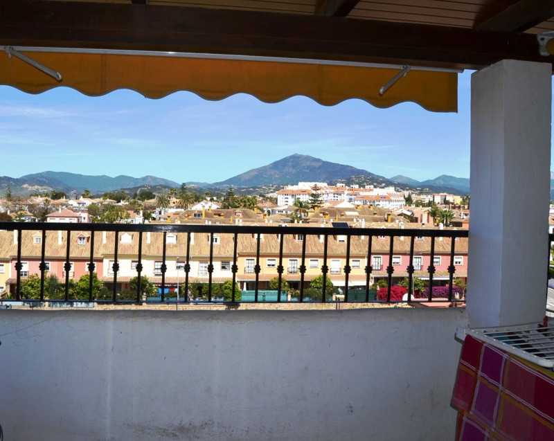 4 bed duplex penthouse in San Pedro town center with wonderful panoramic views towards the mountains, Spain