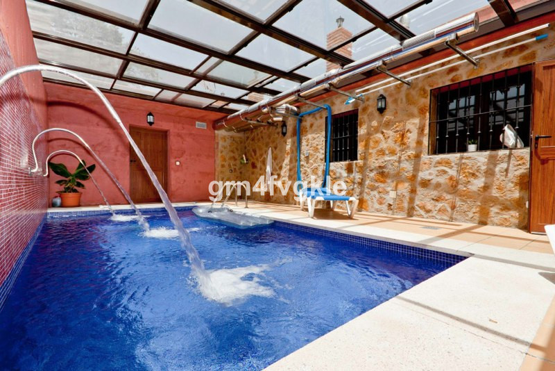 Rustic Property for sale on the Costa del Sol (Malaga), with recognized buildings of more than 600m2, Spain