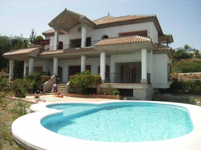 Originally listed for 1,950,000€, recently reduced to 1,675,000€. Spacious villa with huge terraces,,Spain