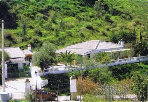 Spectacular villa with beautiful views to the surrounding mountains, ff-kitchen, partly furnished, f, Spain