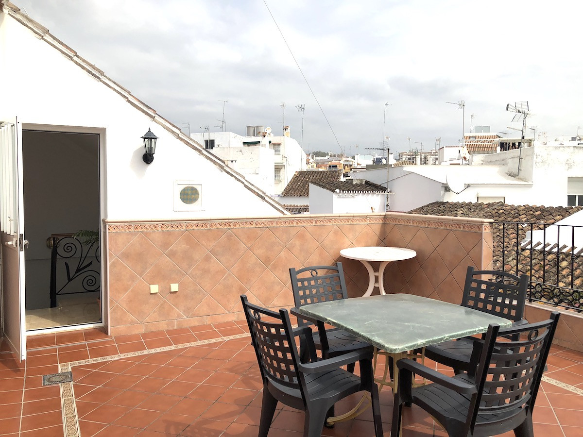 Townhouse, Estepona, Costa del Sol. 4 Bedrooms, 4 Bathrooms, Built 240 m², Terrace 50 m².  Setting :, Spain