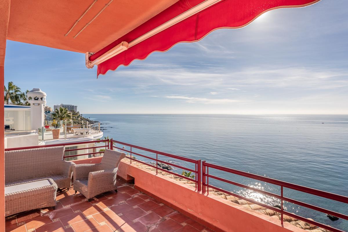 Middle Floor Apartment, Benalmadena, Costa del Sol. 2 Bedrooms, 2 Bathrooms, Built 138 m², Terrace 2,Spain